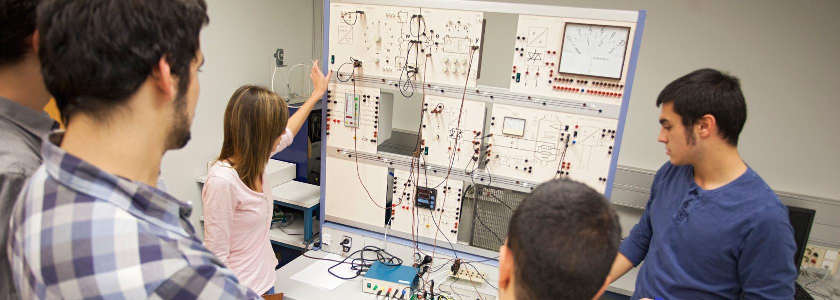 Grado en ingenier a en electr nica industrial y autom tica for Horario oficina ing barcelona